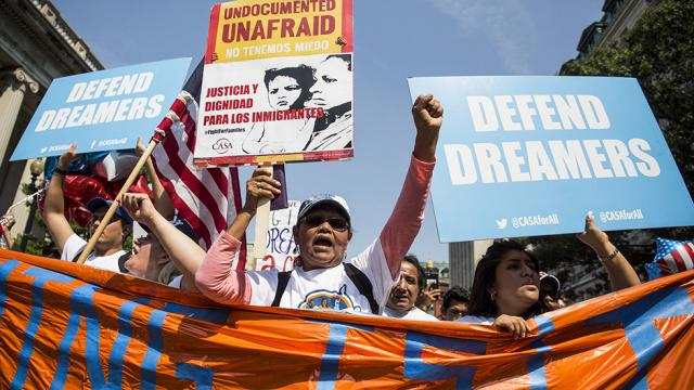 NEW POLL: Most want DACA recipients to have a path to citizenship https://t.co/T5PSQwX0uk https://t.co/epJ58gHBdW