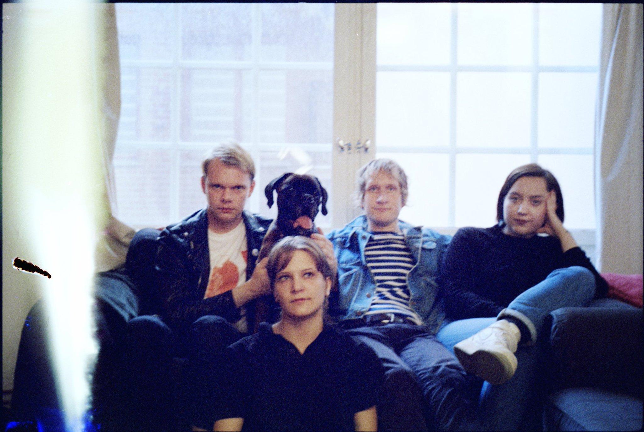 """Swedish band @makthaverskan69 watch the world burn on new song """"Eden."""" https://t.co/VKJ4ndQS6R https://t.co/kRL208I5HY"""