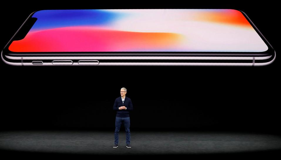 Iphone X shipping delay may dampen Apple's holiday quarter https://t.co/dua3oJXCmz https://t.co/xhbaQJxL5k
