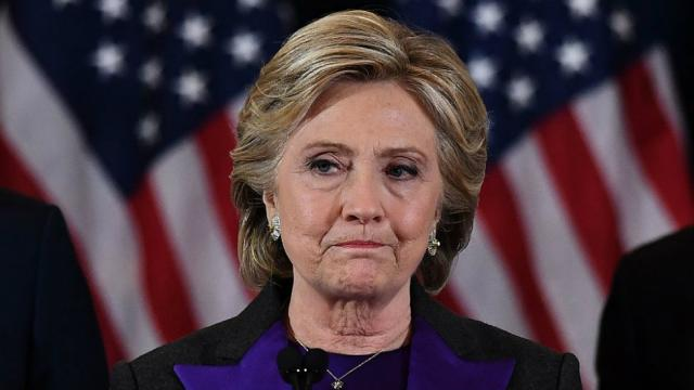 Clinton hints at links between Trump and Russian government https://t.co/z4TNEJZR3k https://t.co/FhlVi2K5CL