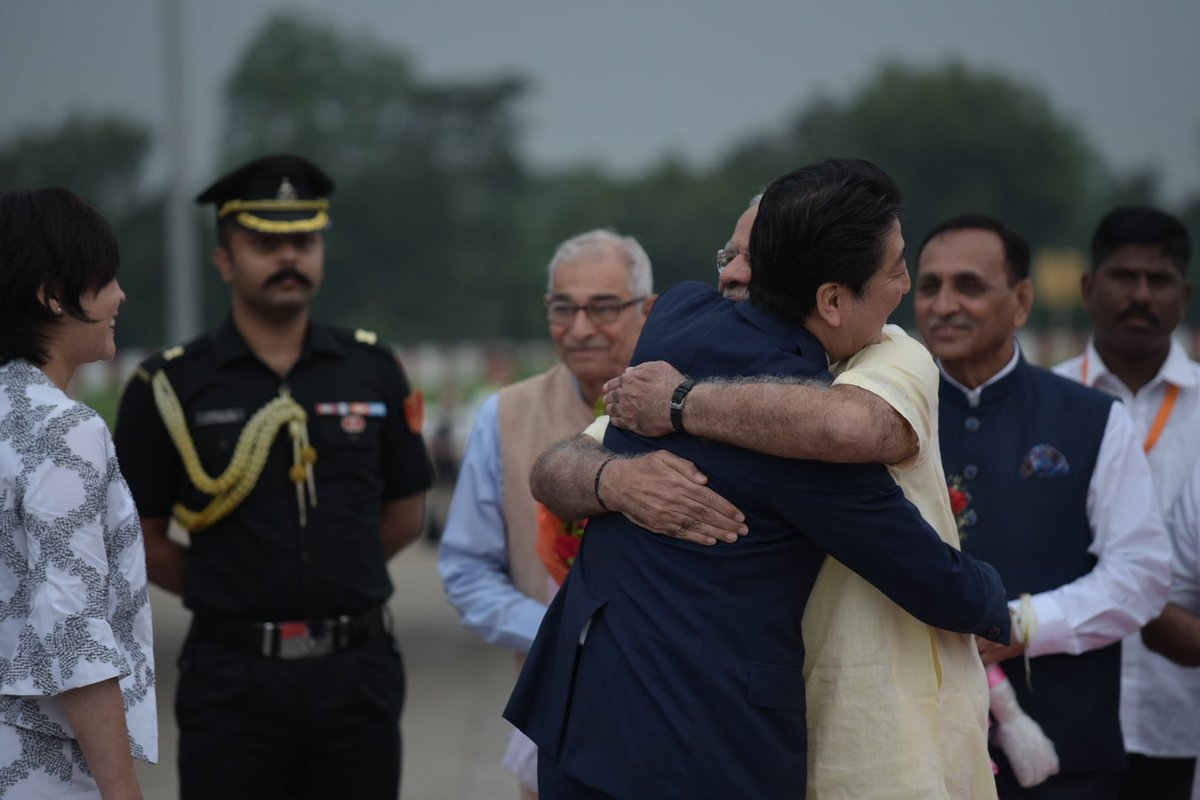 Welcomed Mrs. Abe and PM @AbeShinzo to India. #SwagatShinzoSan