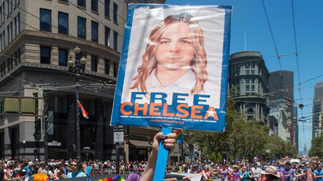 Chelsea Manning headed to Harvard as visiting fellow https://t.co/rXFEOQzlgy https://t.co/1Orifvfr0a