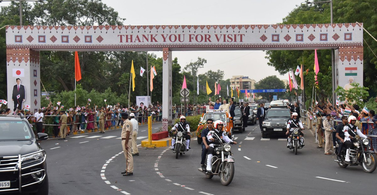 The people of Ahmedabad extended a very warm welcome to PM @AbeShinzo.