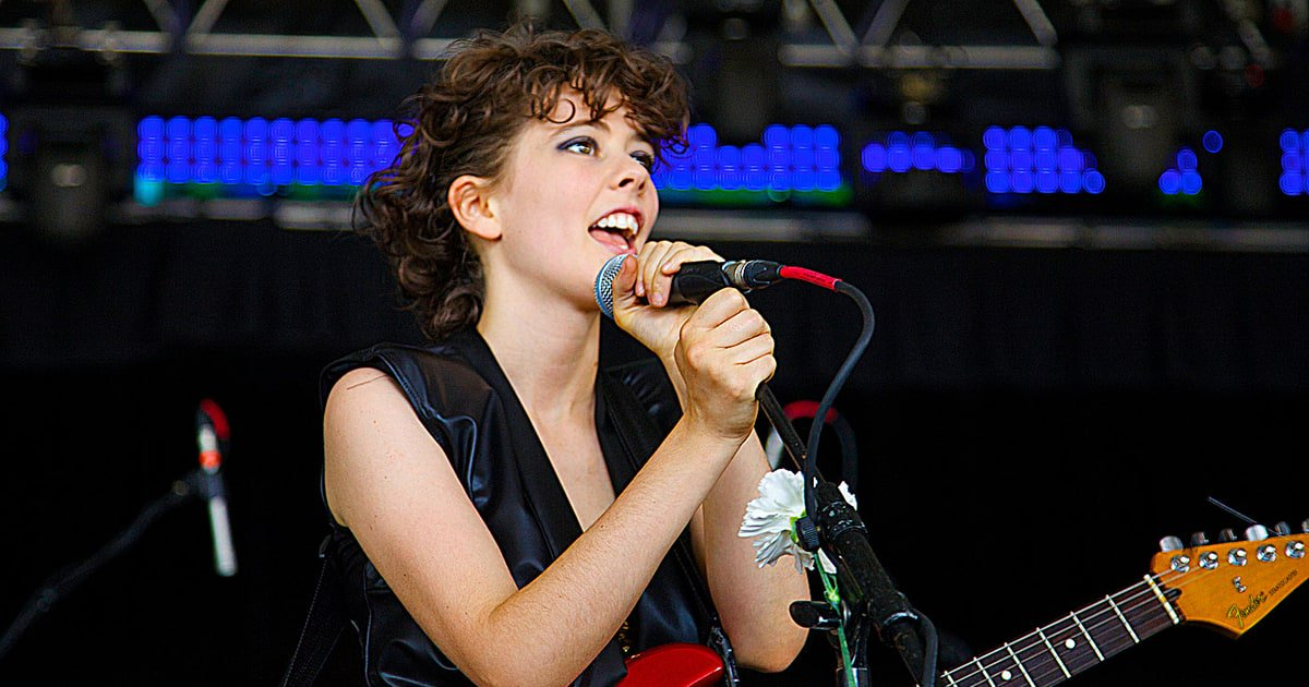 Former Those Darlins singer Jessi Zazu has died at age 28 https://t.co/JikUuouDxD https://t.co/YpHbykS6Zf