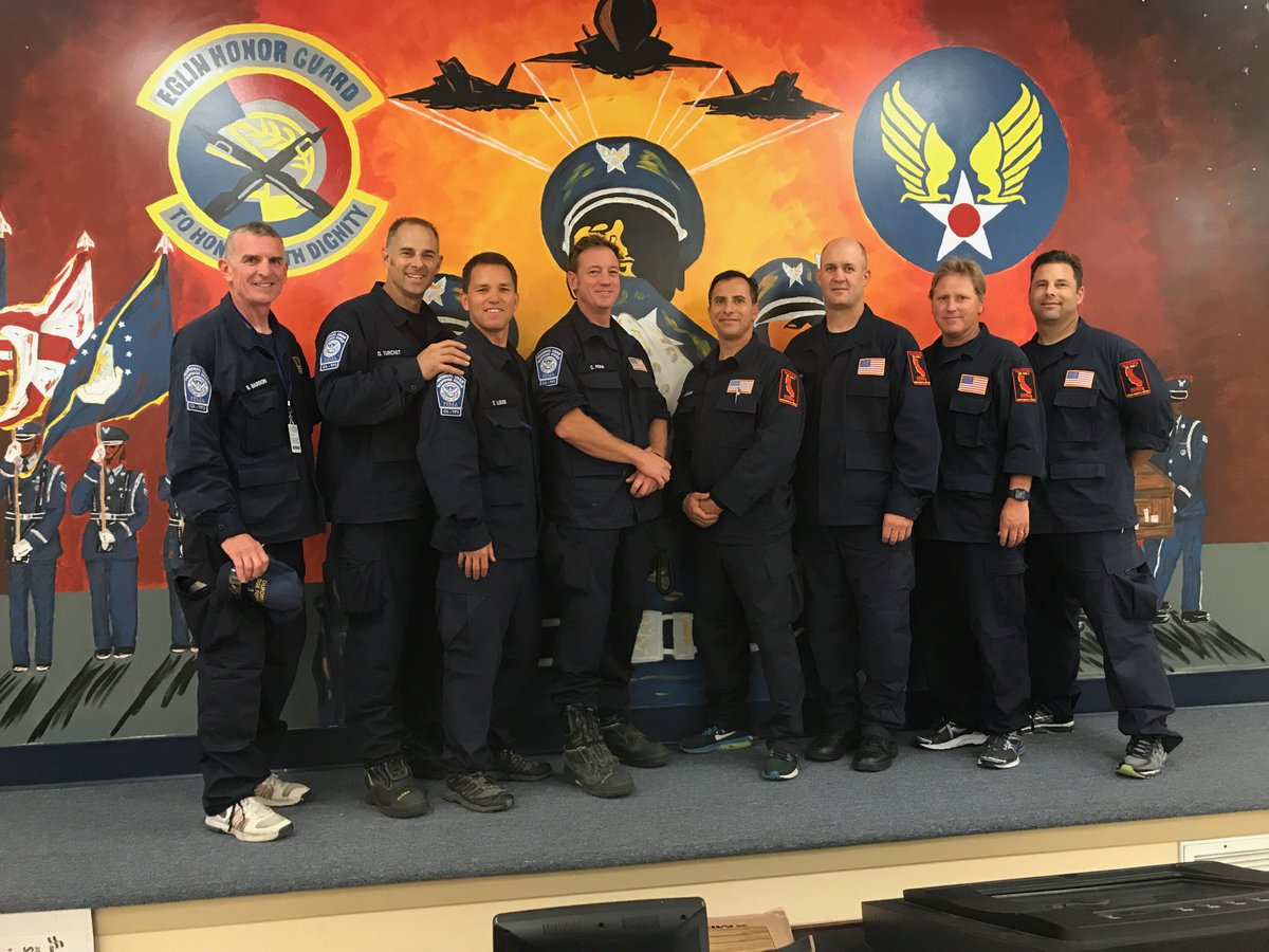 On their way back home from Florida — thank you and safe travels @centralcountyfd TF-3! #IrmaRecovery https://t.co/whppxNVri2