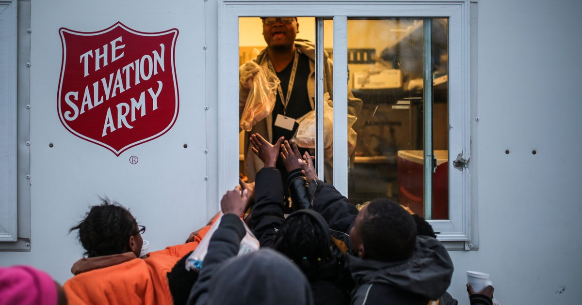 Salavation Army brings meals to Detroit's poorest neighborhood