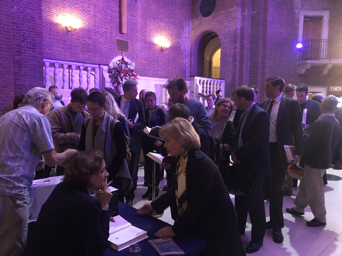 test Twitter Media - A big queue forming as  @anneapplebaum signs copies of her new book #RedFamine. A huge Thank you to everyone involved. https://t.co/KA5odCao61