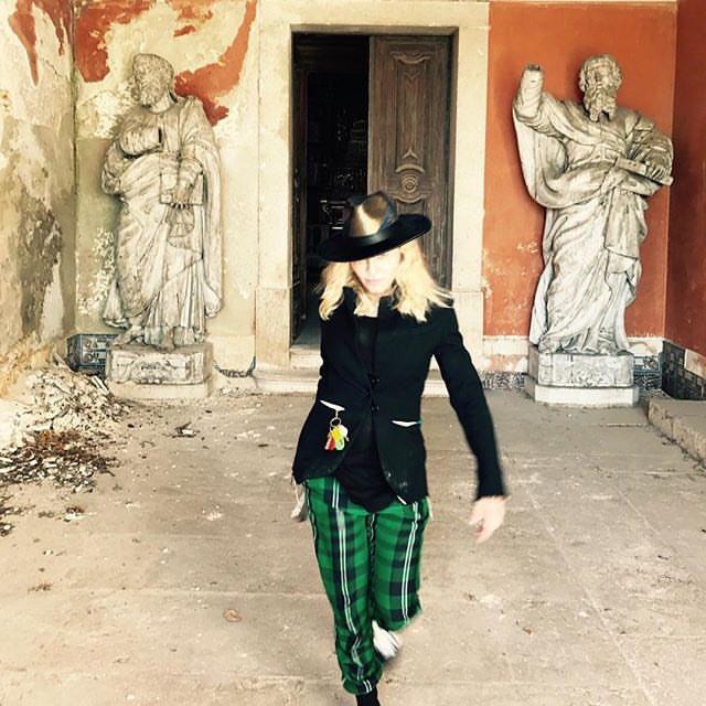 Fashion Week came to Lisbon,..,,.....:.♥️???????? https://t.co/acbgAH5sh3