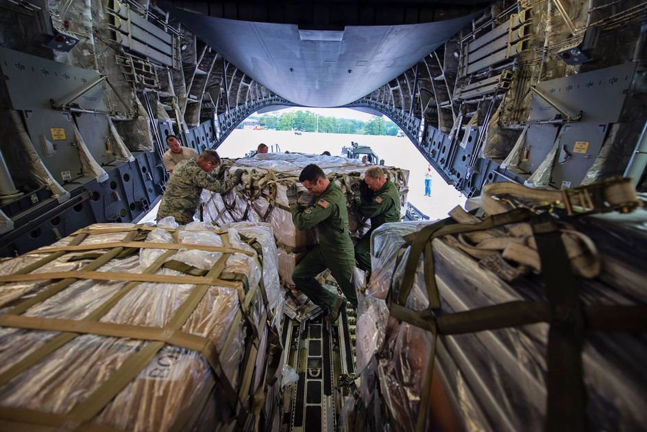 Dover airmen take flight to hurricane-weary Florida to coordinate relief efforts