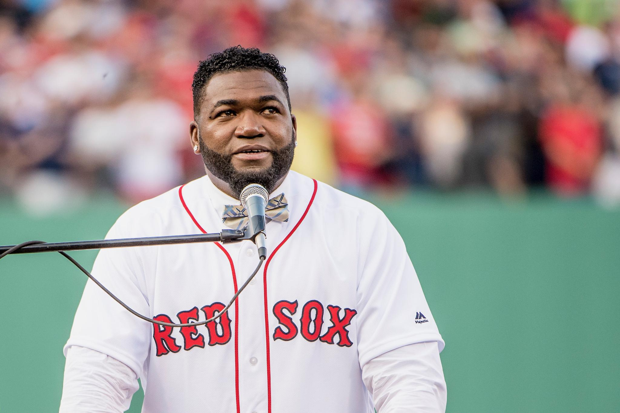 .@davidortiz makes long-term commitment to #RedSox and Fenway Sports Management: https://t.co/Dagjt7wMNF https://t.co/NExAYjYHja
