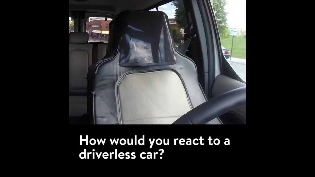 How would you react to a driverless car? This guy dressed as a car seat to find out: https://t.co/JGwpdljnlZ https://t.co/eEMoen6Dd6