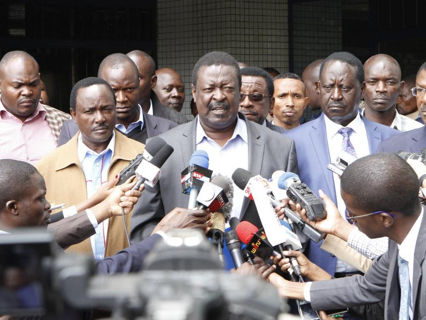 Mudavadi claims Uhuru wants to remove presidential term limit