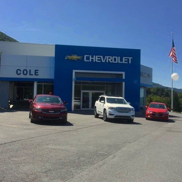 #Cole #Chevrolet #NewCars are sometimes found near great Flag displays. #Cole #Chevrolet top flag flyers. https://t.co/GLMu8Y8vwg https://t.co/NnRXSdIkOl