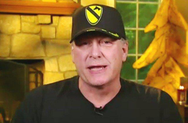 Curt Schilling Tells Hannity That 'Jemele Hill Has Always Been a Racist' https://t.co/2aZxhnwGPa (AUDIO) https://t.co/4kNtx2zT4y
