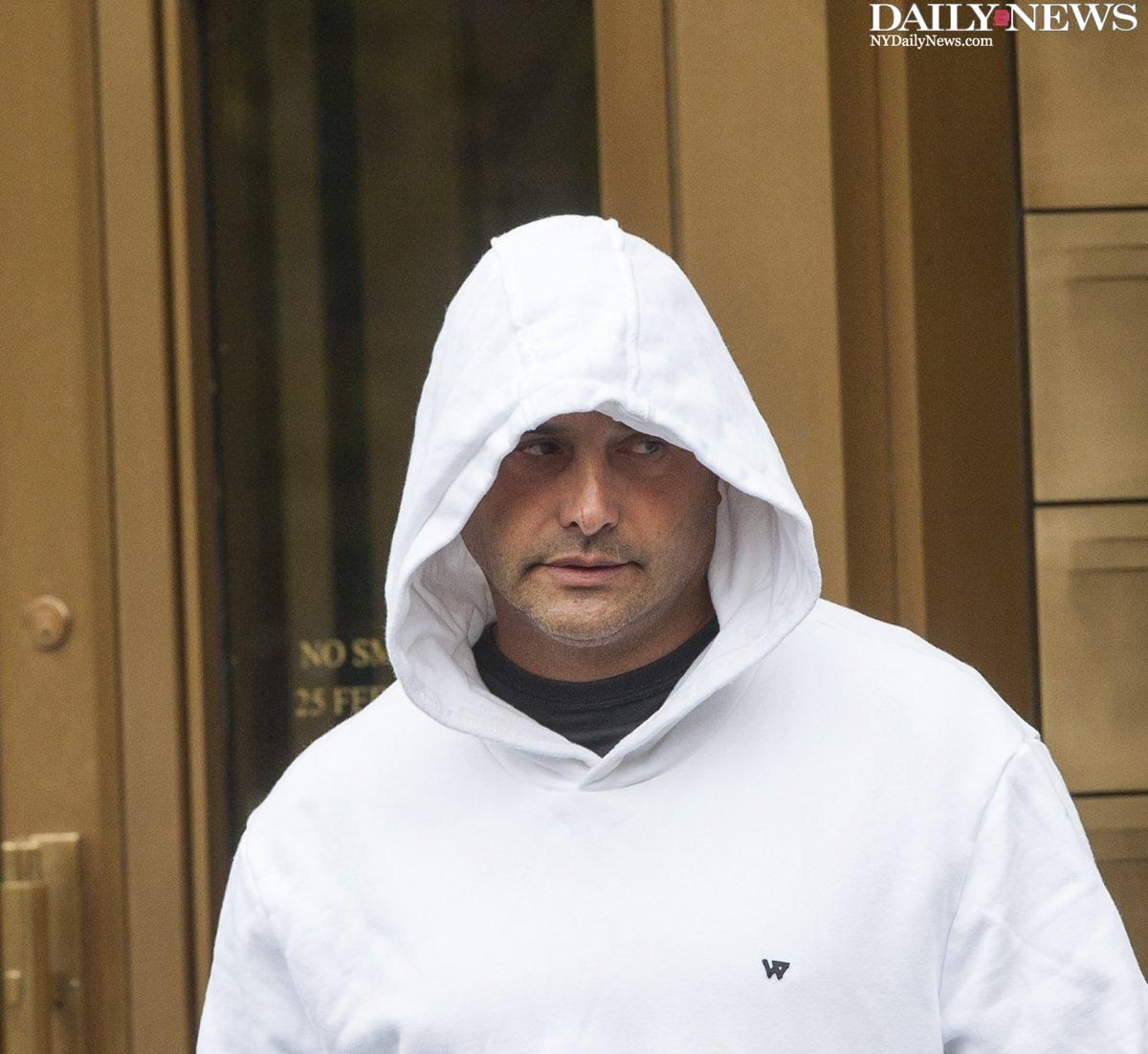 JUST IN: Craig Carton resigns from WFAN amid claim he operated Ponzi scheme. https://t.co/fhsmoHLmt6 https://t.co/gOQxpM382e
