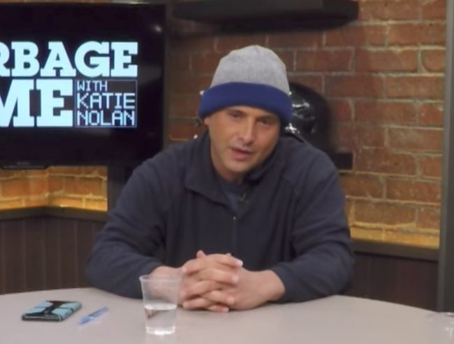 Sports Radio Host Craig Carton Resigns From WFAN Days After Securities Fraud Arrest https://t.co/vKMiF3q8Ua https://t.co/hC3EVoeKZm