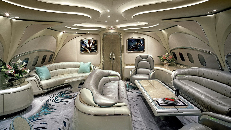 Meet the guy who photographs luxury planes for the super rich: https://t.co/rjqfM1kVge https://t.co/1AU8nU9jHN