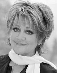 A very happy birthday to Amanda Barrie!