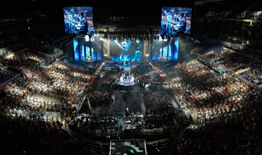 Learn how to play the business of Esports at Disrupt SF https://t.co/kzKQGyblKn #TCDisrupt https://t.co/X3oK6RQwPV