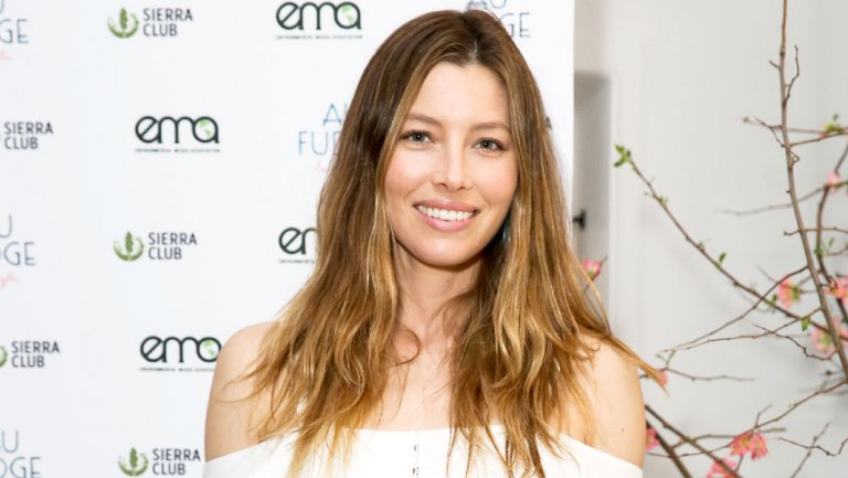 Jessica Biel and AuFudge restaurant partners sued by employees over tips and compensation