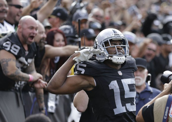 Happy birthday to WR Michael Crabtree, September 14, 1987.