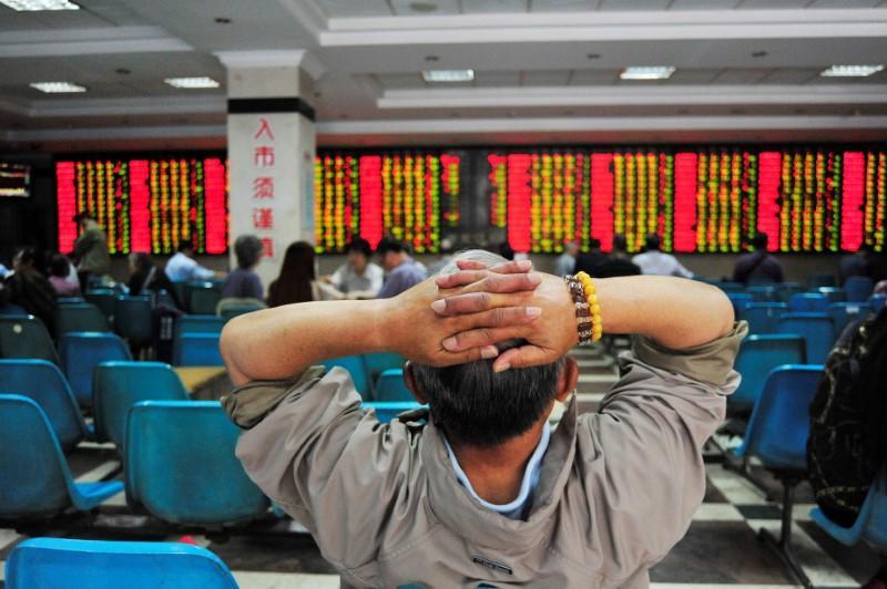Weak China data knocks global stocks off record highs https://t.co/NPdGtESS56 https://t.co/N3VZoaB7NL