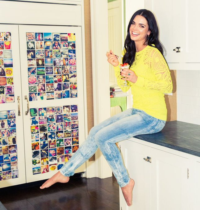 Happy Birthday, Katie Lee ! The celebrity chef and food critic turns 36 today!