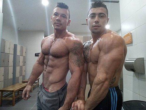 #HotMen - Valentino & Mateo- Watch him on #gaycam zDbZsDyOz5 sTeDzhMpi5