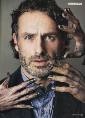 Wishing Andrew Lincoln a very Happy Birthday.