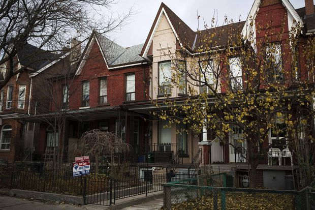 Foreign real-estate buying declines in Ontario after new tax @justincgio @jillsmahoney