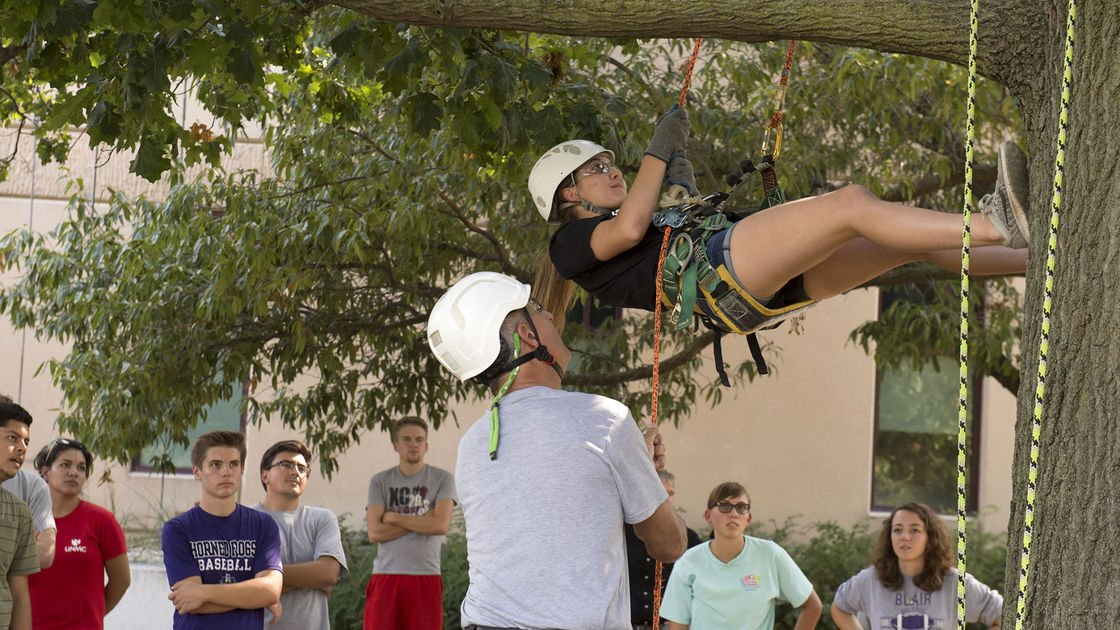 Professor hopes to interest UNL students in being 'Treehuskers'
