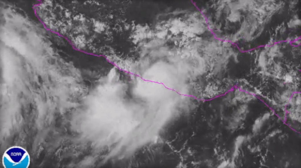 Hurricane Max makes landfall on Mexico's southern Pacific coast as Category 1 storm