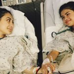 Gomez receives kidney transplant from friend