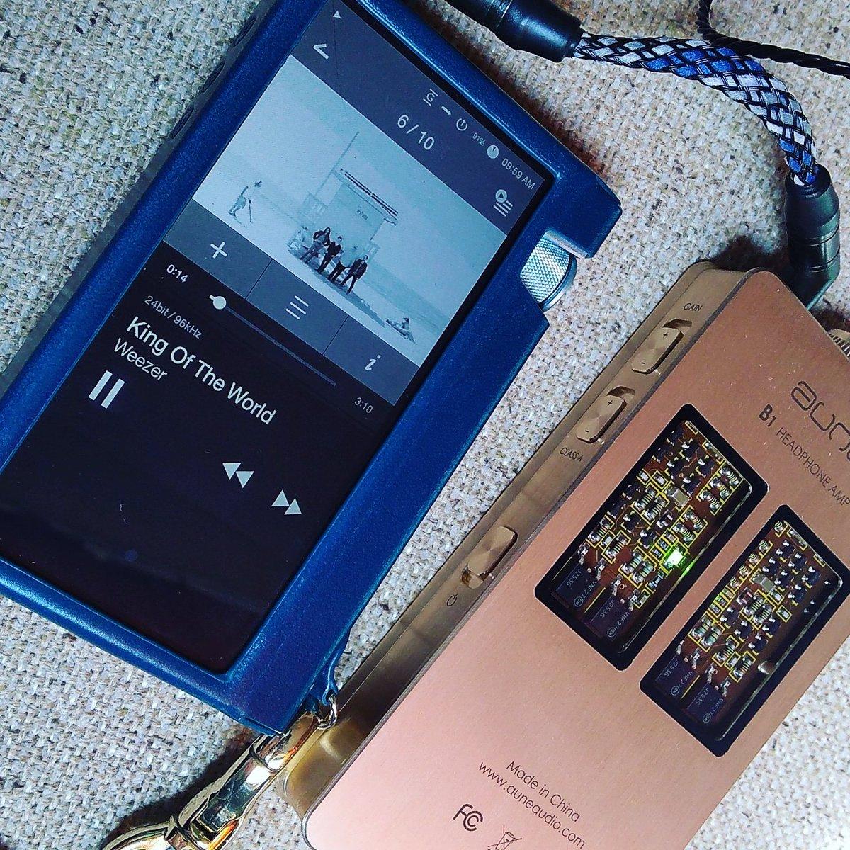 出てたのは知ってたけど存在を無視していた Weezer の White Album をはじめて聴いた。Astell&am
