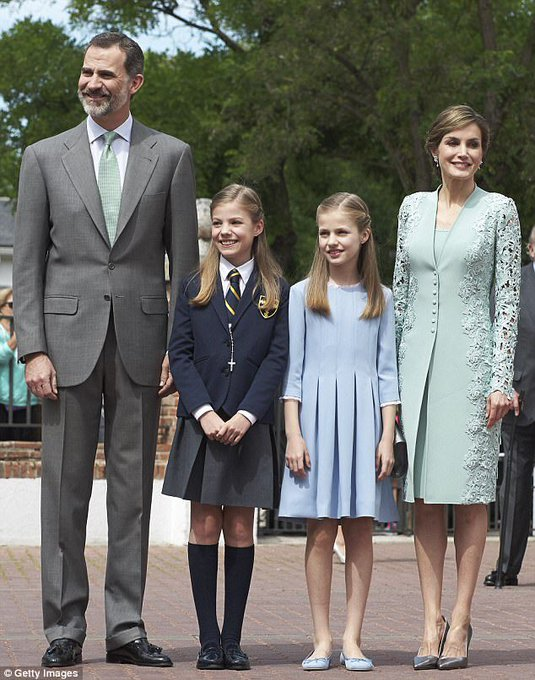 Happy 45th Birthday to Queen Letizia of Spain!!