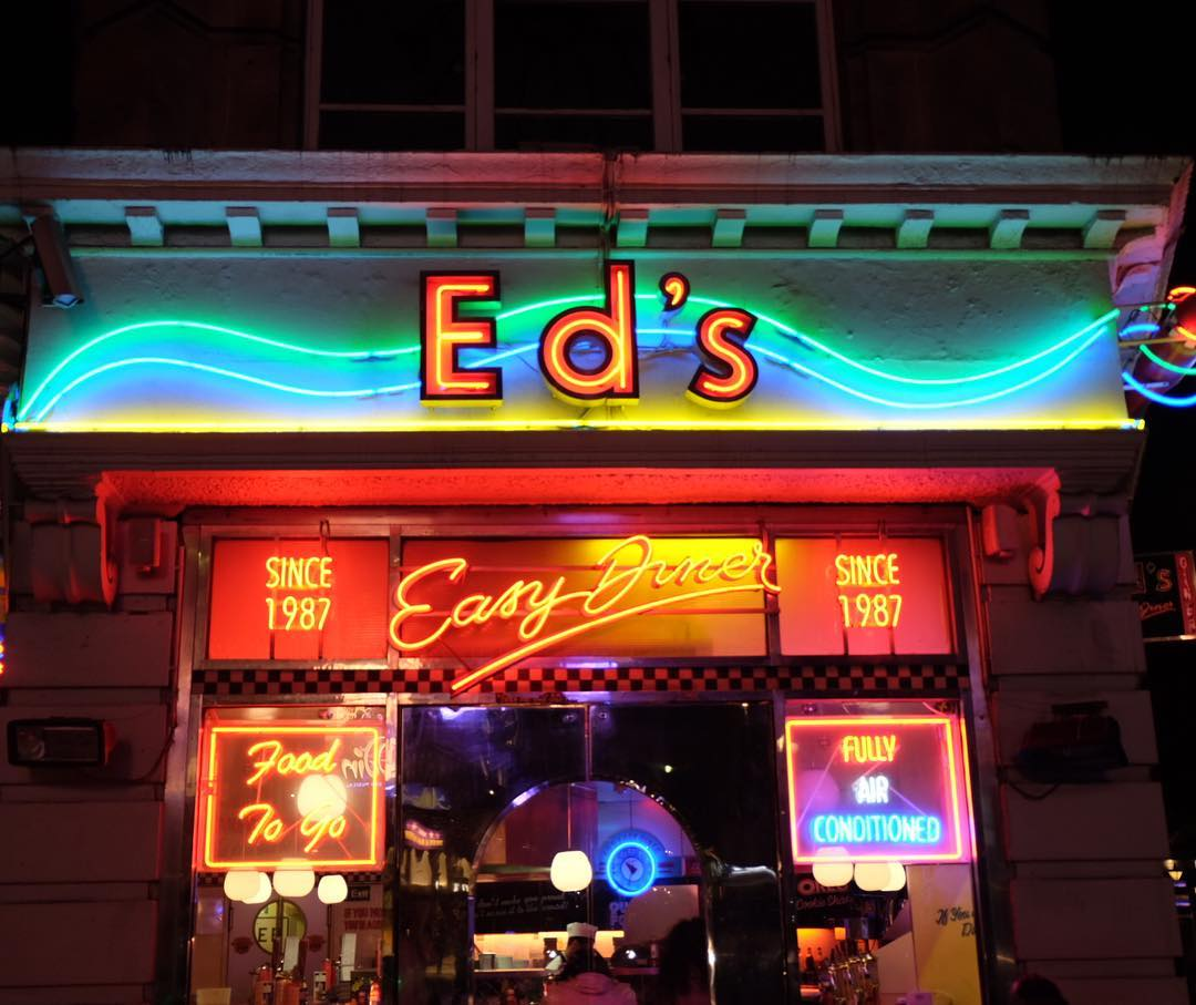 Ed's Easy Diner London's Best Nachos