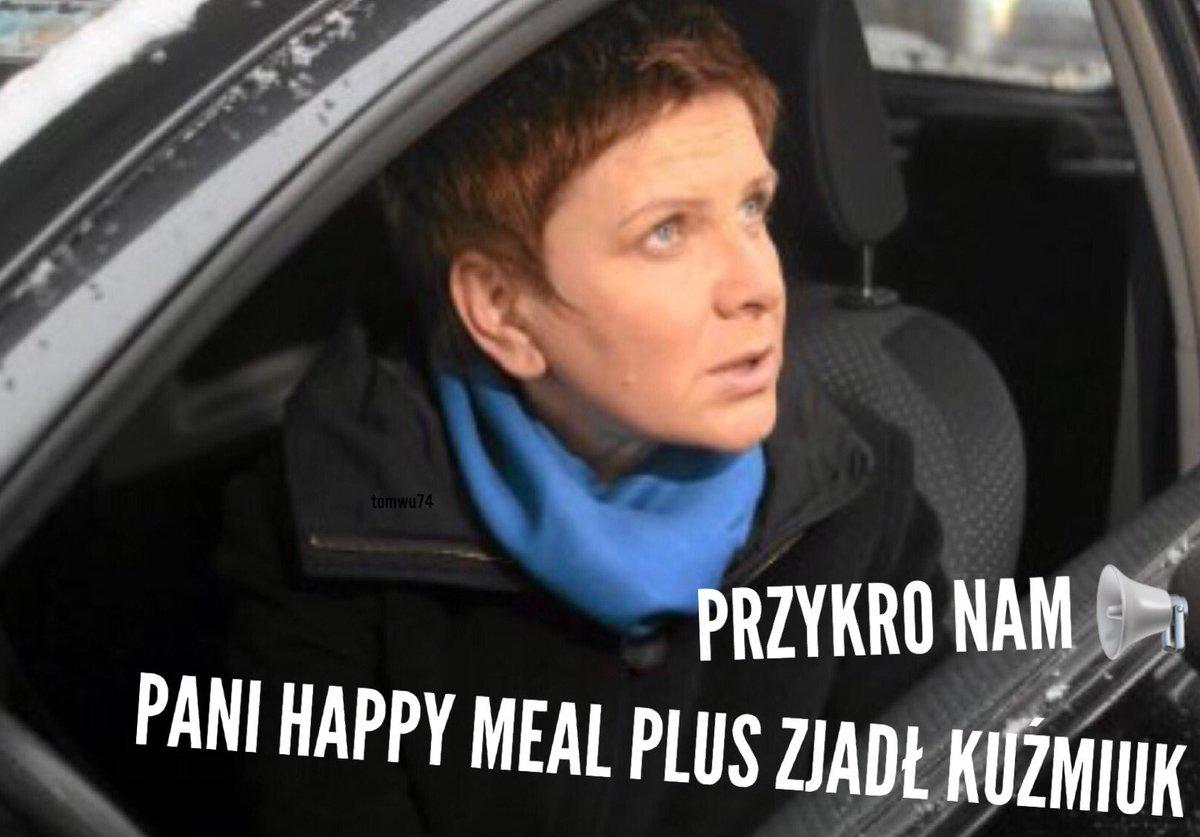 #KuźmiukZje
