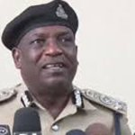 Dar Police block prayer assemblies