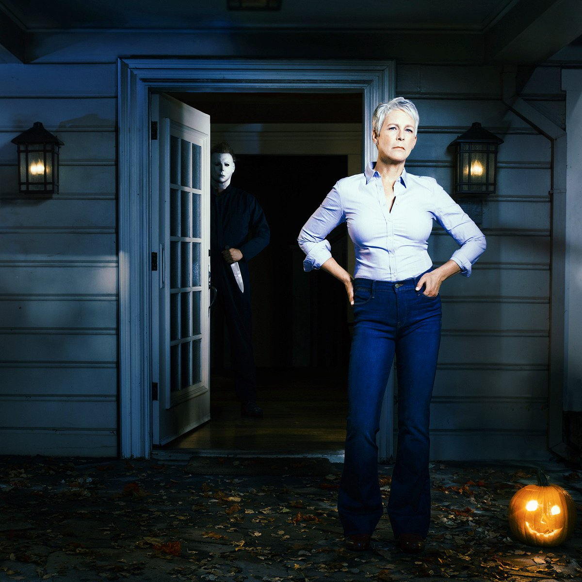 .@jamieleecurtis returns to her iconic role as Laurie Strode in #Halloween ,released by Universal Pictures October 19, 2018. #HalloweenMovie https://t.co/95tWGD5CL4