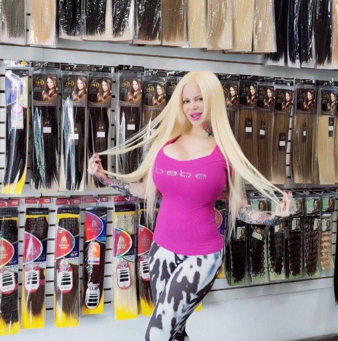 Extensiones de cabello humano ESPECTACULAR!! Larguísimo y todos los colores! SOLO en @DICEextensiones