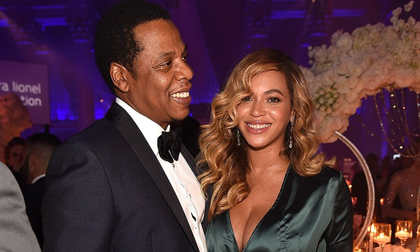 .@Beyonce & Jaz-Z had a date night at @rihanna's Diamond Ball: