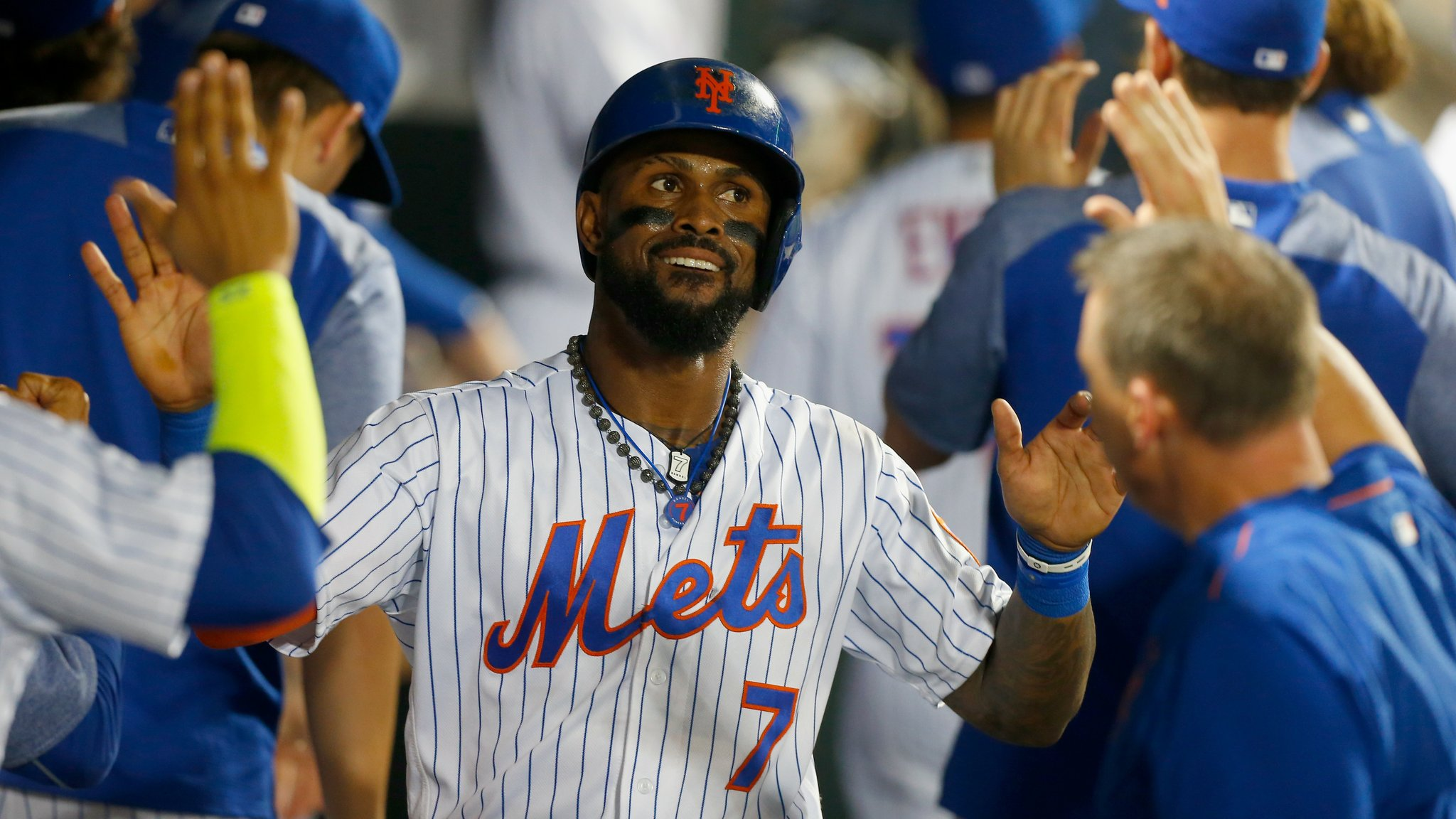 Jose Reyes sure hopes he didn't just play his last home game at Citi Field: https://t.co/7rh1uWCV13 https://t.co/XnQL4OO6H8