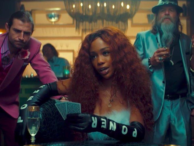 Watch @sza in @maroon5's adventurous 'What Lovers Do' music video: https://t.co/qklkVugiqJ https://t.co/X7kgU5eJb9
