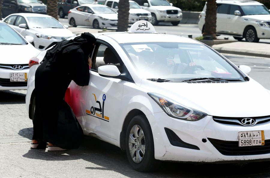 Saudi women to be allowed to drive from age 18, same as men