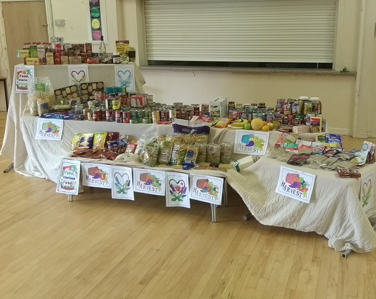 test Twitter Media - Besom charity in Witney...All this is coming your way thanks to the generosity of the families of Gateway Primary School in Carterton.#CCSF https://t.co/ruBTnmxtLC