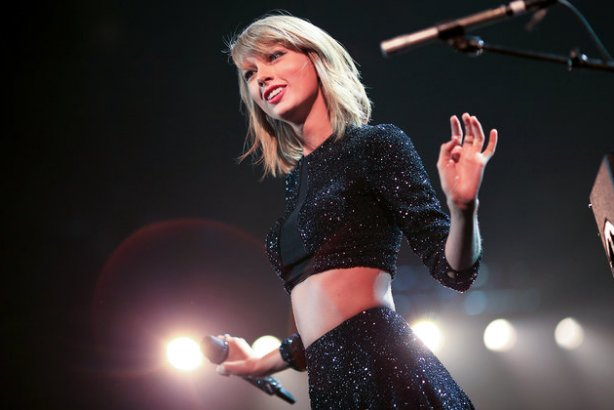 Taylor Swift shares her favorite new music in 'Songs Taylor Loves' Spotify playlist https://t.co/rOG3xPmD00 https://t.co/RkkS4YPOuT