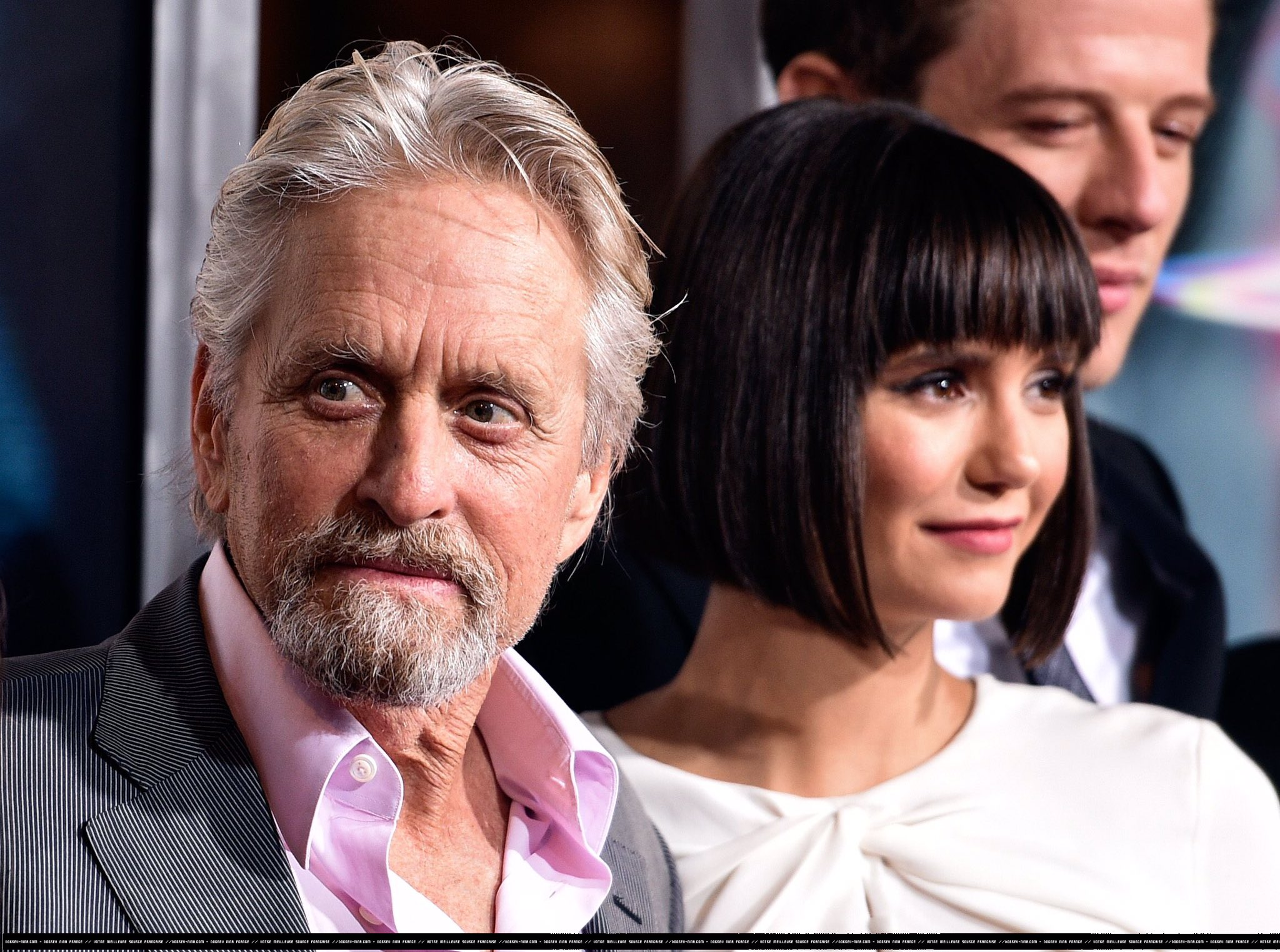 He's a legend. So proud and honored to have had the opportunity to work with #MichaelDouglas on @FlatlinersMovie https://t.co/exC7jFTJ5n