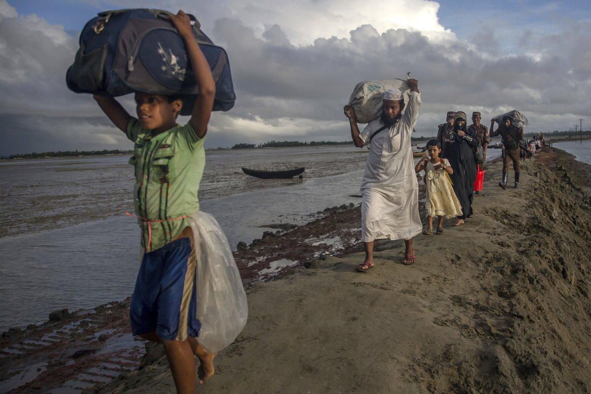 At least 60 presumed dead in wreck of ship carrying Rohingya refugees, U.N. says