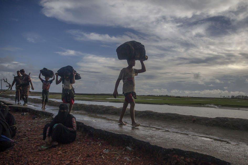 63 presumed dead in shipwreck involving Rohingya Muslims