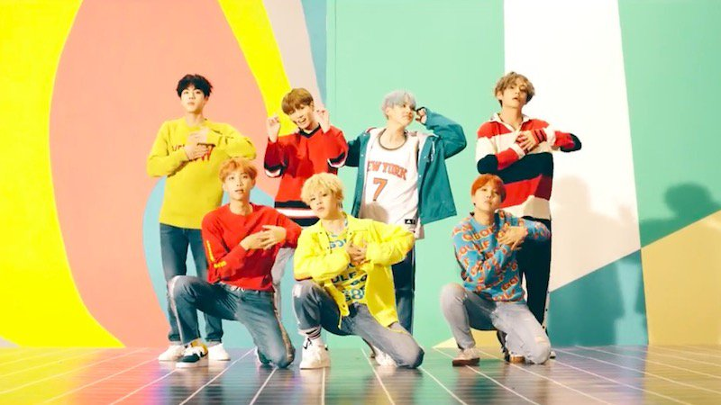 """#BTS's """"DNA"""" Becomes Fastest K-Pop Group MV To Hit 10 Million Views"""